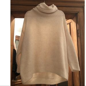 Zara Oversized Cozy ❄️Sweater